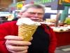 und der bekannte Geniesser Vilmoskörte war auch vom leckeren Eis ganz begeistert.