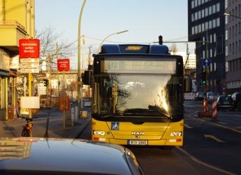 bus_123-200