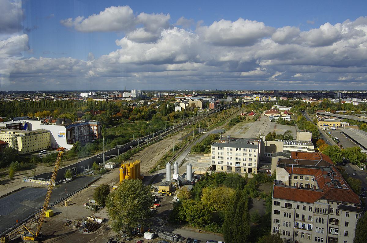 Blick auf die künftige Trasse aus dem Total-Tower von Döberitzer Straße bis Nordring